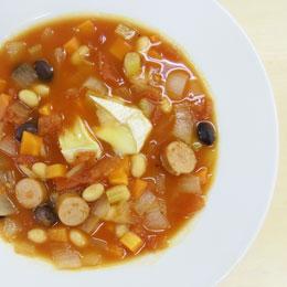 豆とトマトの煮込み