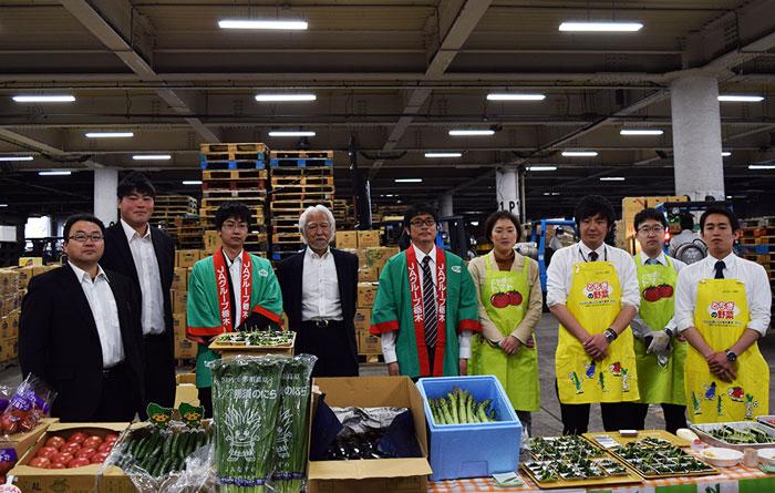全農とちぎトマト・ニラ・きゅうり試食宣伝販売会
